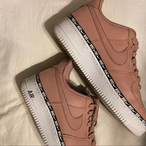 Nike Air Forces (pinkish)